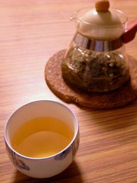 キンミズヒキ茶