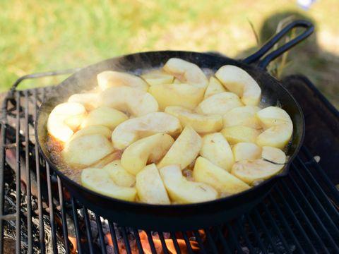 30分炒めたリンゴ