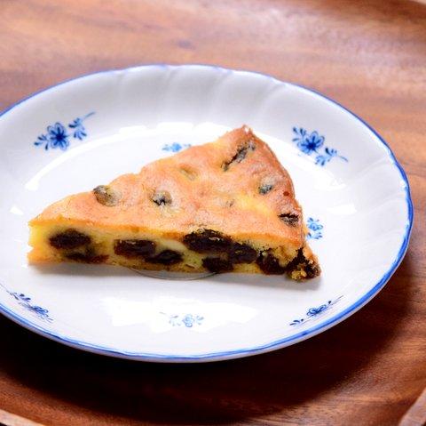 グルテンフリーのレーズンたっぷりチーズケーキ