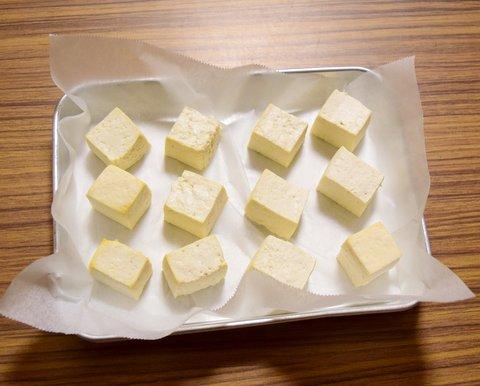 豆腐の水分を飛ばす