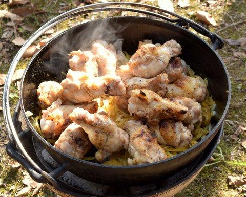 鶏肉を入れる