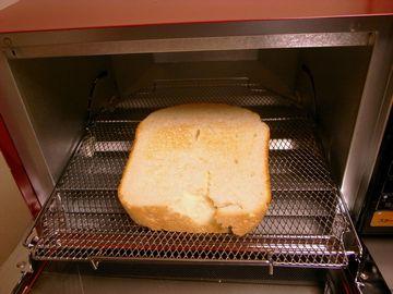 トースト焼けた