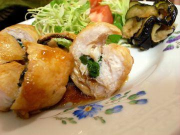 セリと鶏肉の料理