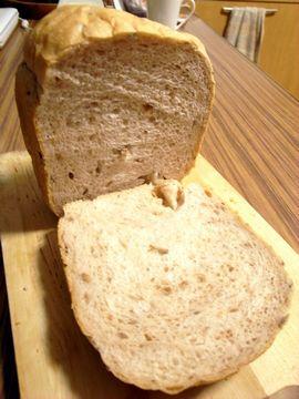 クヌギ食パン