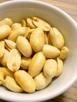 ピーナッツの燻製