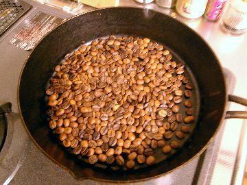 コーヒーをフライパン焙煎する