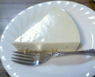 自家製クリームチーズのレアチーズケーキ