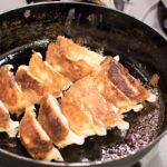 スキレットで焼いた味の素餃子