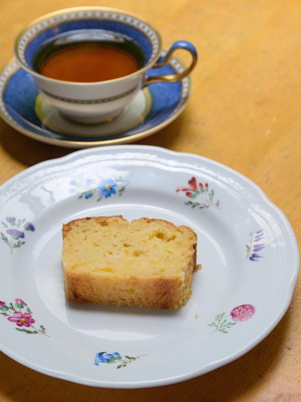 夏みかんパウンドケーキを紅茶と共に