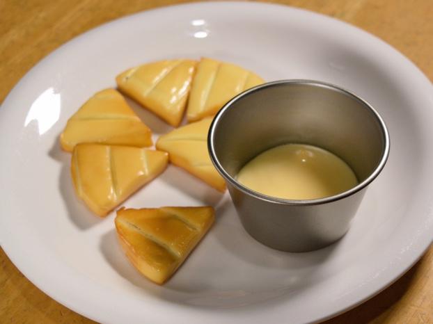 自家製スモークチーズとスモークマヨネーズ