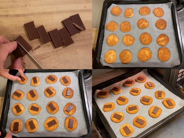 クッキーにチョコレートを乗せて温める