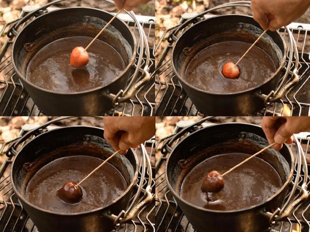 いちごのチョコレートフォンデュ