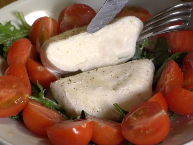 初めて作ったブラータチーズの断面