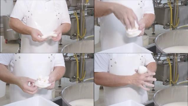 職人さんがブラータチーズを包む