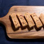 手作りプロテインバーチーズ&カルパス味