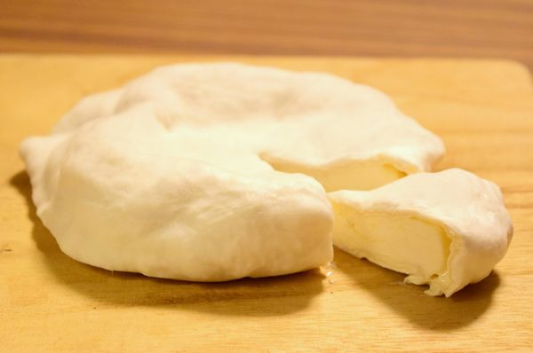 自家製カマンベールチーズ