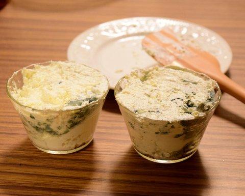 チーズを整形する