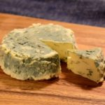 ブルーチーズ(青カビタイプのチーズ)作りに挑戦!