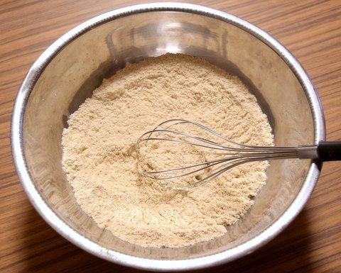 麹菌が混ざった強力粉