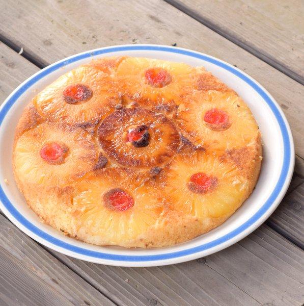 パインのアップサイドダウンケーキ