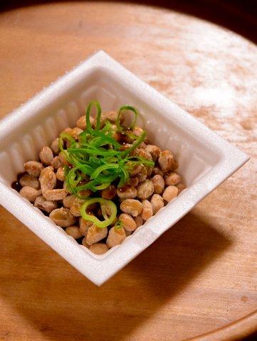 納豆にいしるを混ぜる