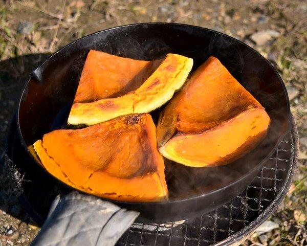 スキレットで焼いたホクホクかぼちゃ