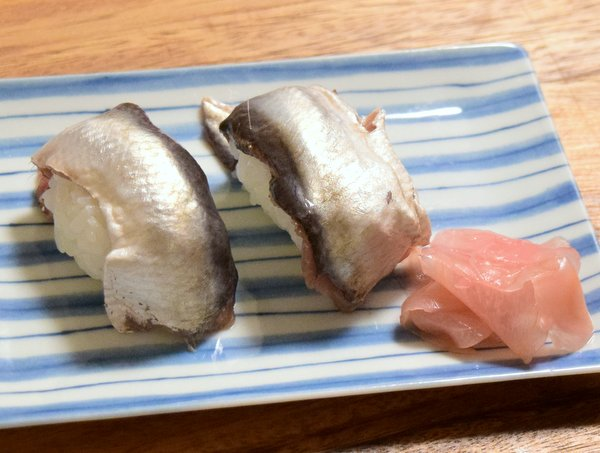 シュールストレミングの握り寿司復習