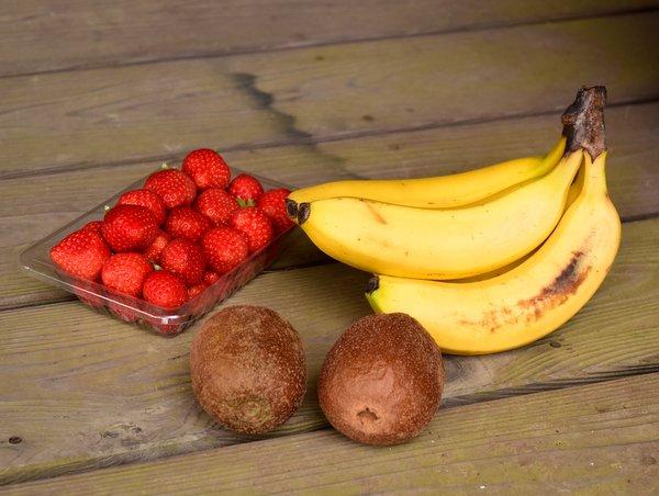 イチゴとバナナとキウイ
