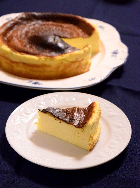 バスクチーズケーキをいただく