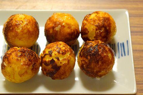 パン粉を使ってたこ焼き器で焼いたフレンチトースト