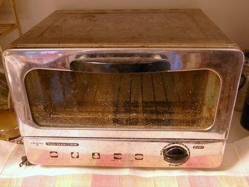 家のオーブントースター
